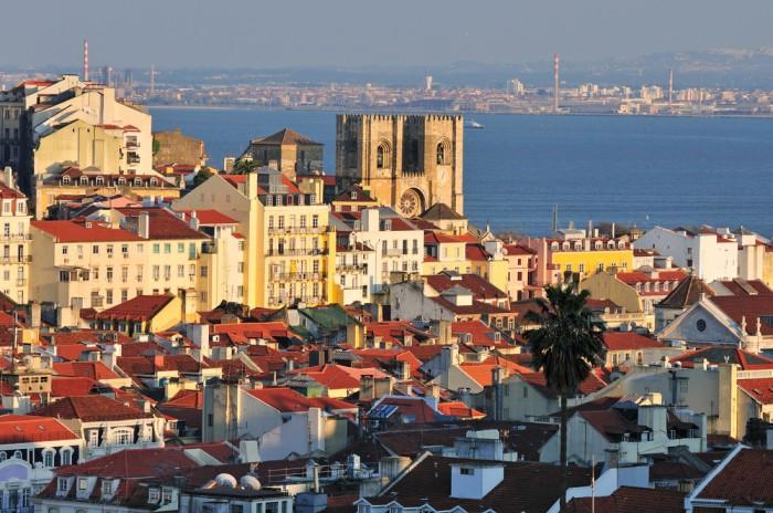 Lisboa, em Portugal, e seus arredores são ótimos para serem explorados sozinho