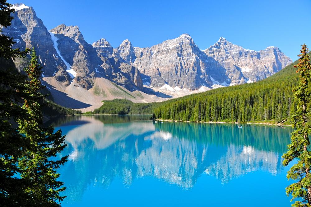 Algumas das mais impressionantes paisagens pelo mundo! Lake Moraine, Canadá