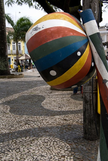 Alô Quer ver os diferentes telefones públicos pelo mundo Bahia