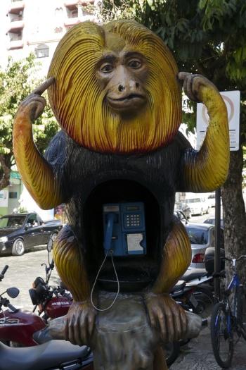 Alô Quer ver os diferentes telefones públicos pelo mundo São Lourenço-MG