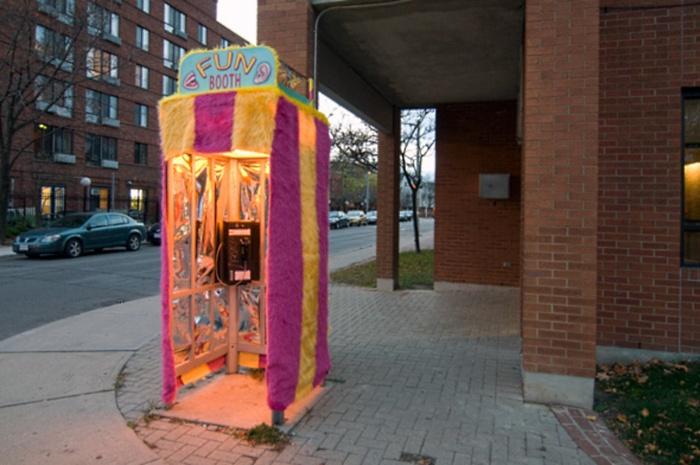 Alô Quer ver os diferentes telefones públicos pelo mundo Toronto