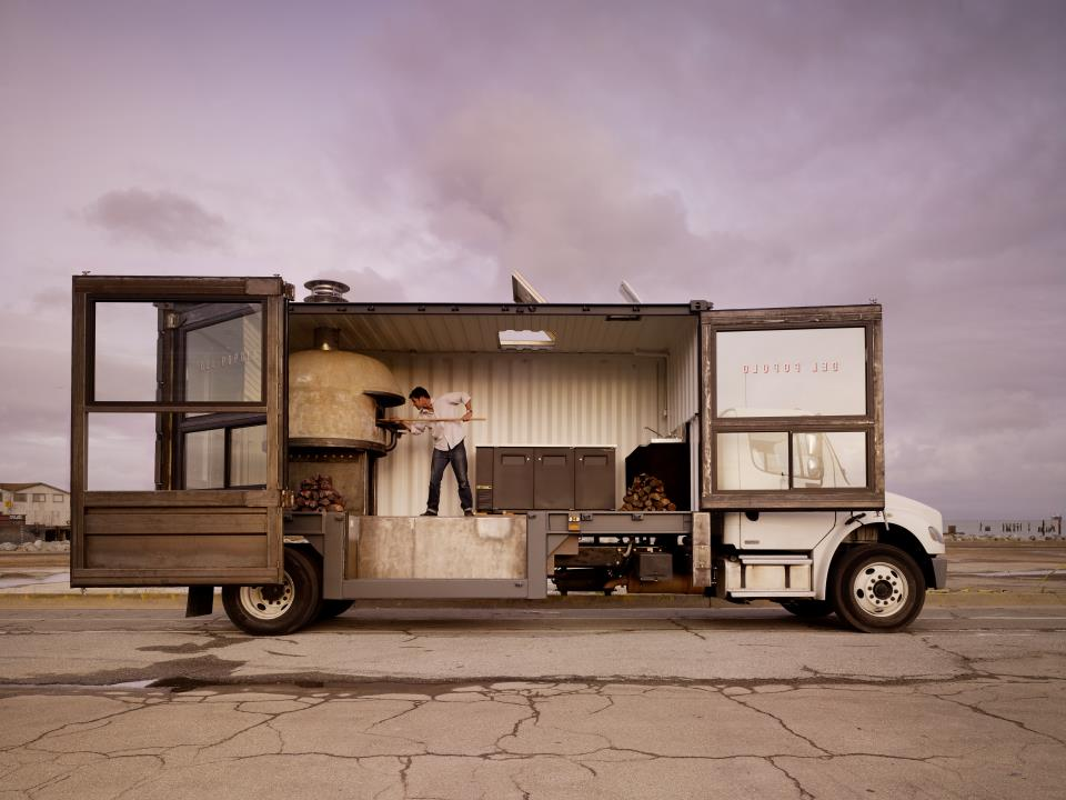 Um caminhão que vende pizza em São Francisco!
