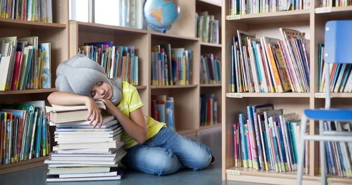 Ou para aquelas horas que você vê uma pilha de livros convidativa