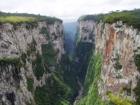 size_590_Parque-Nacional-de-Aparados-da-Serra
