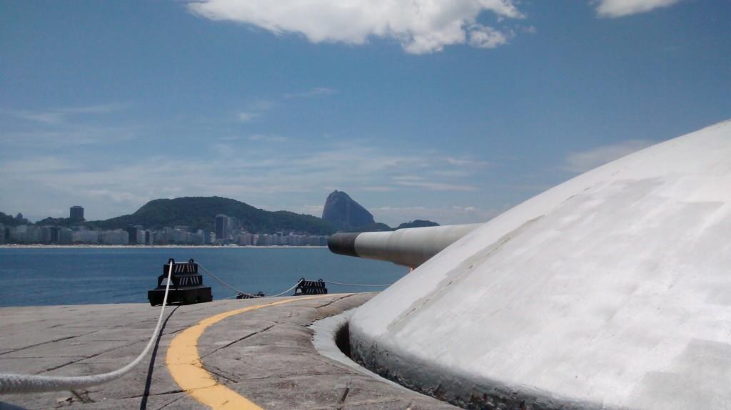 canhao-no-forte-de-copacabana