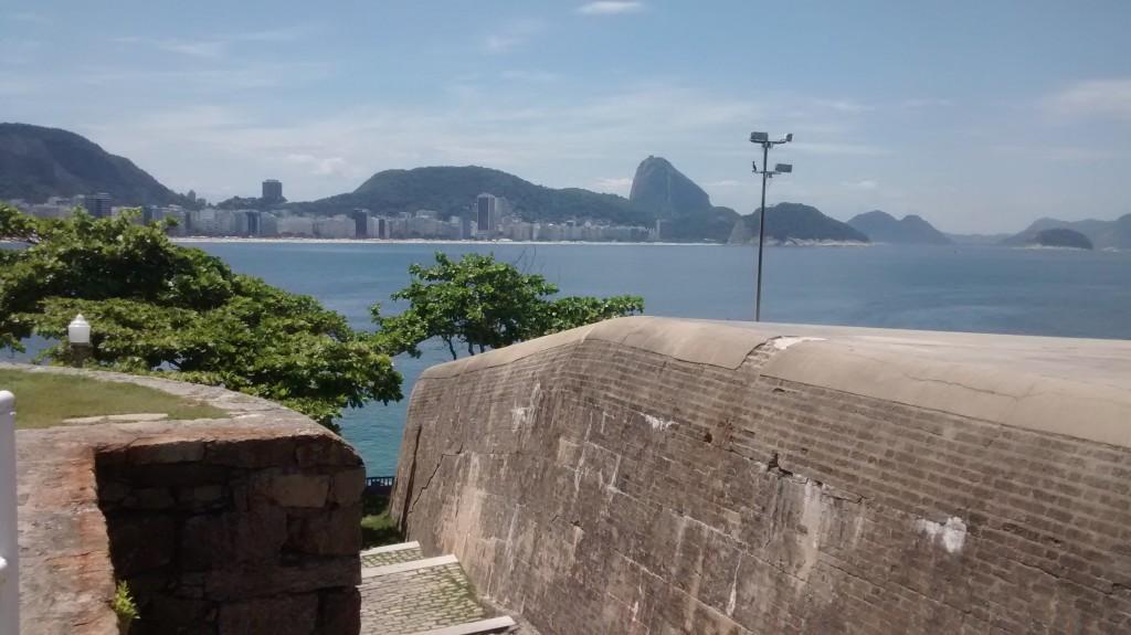 escada-acesso-ao-forte-de-copacabana