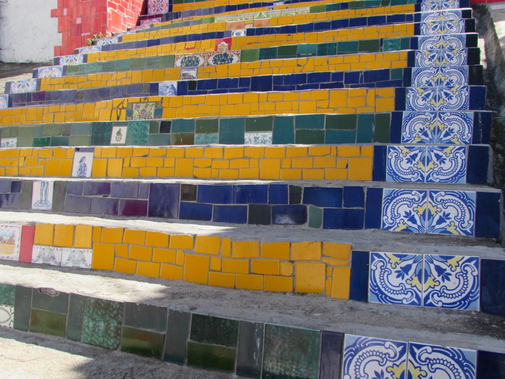 Detalhes da Escadaria Selarón - Foto: @rebeccaalbino