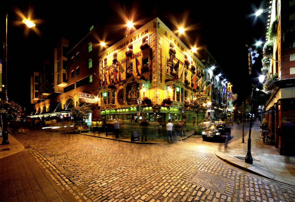 Temple Bar, um dos mais famosos pubs de Dublin