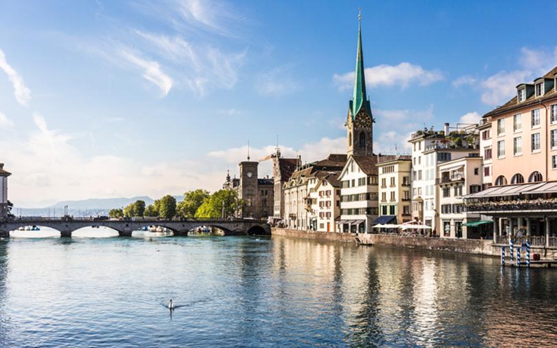 Zurique é uma das cidades mais movimentadas da Suíça!